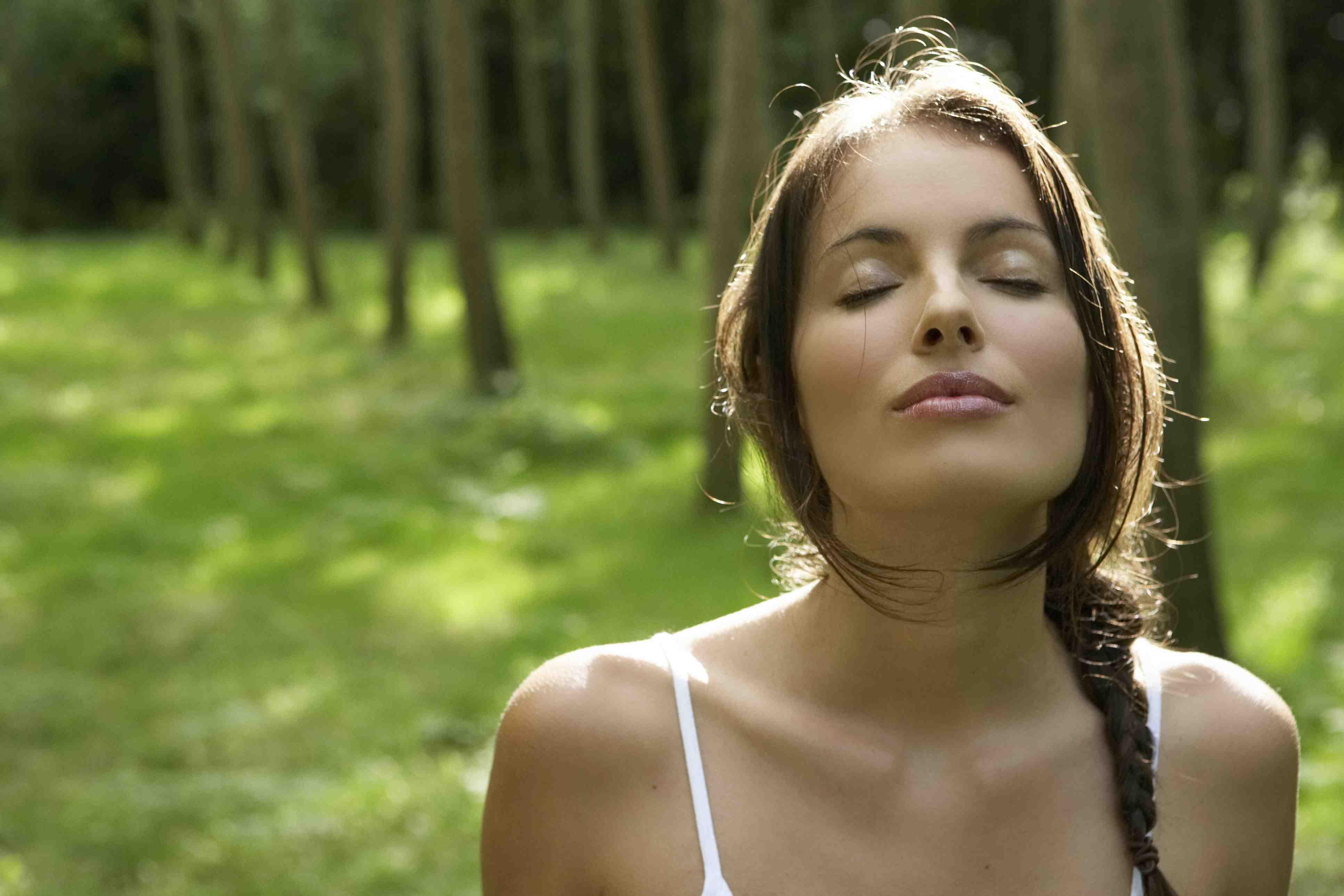Вдыхание свежего воздуха